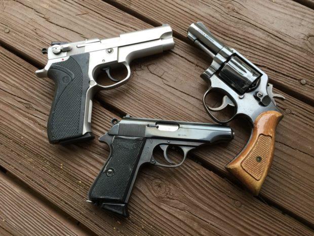 handguns1-1024x768