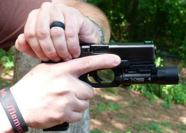 glock-overhand-2